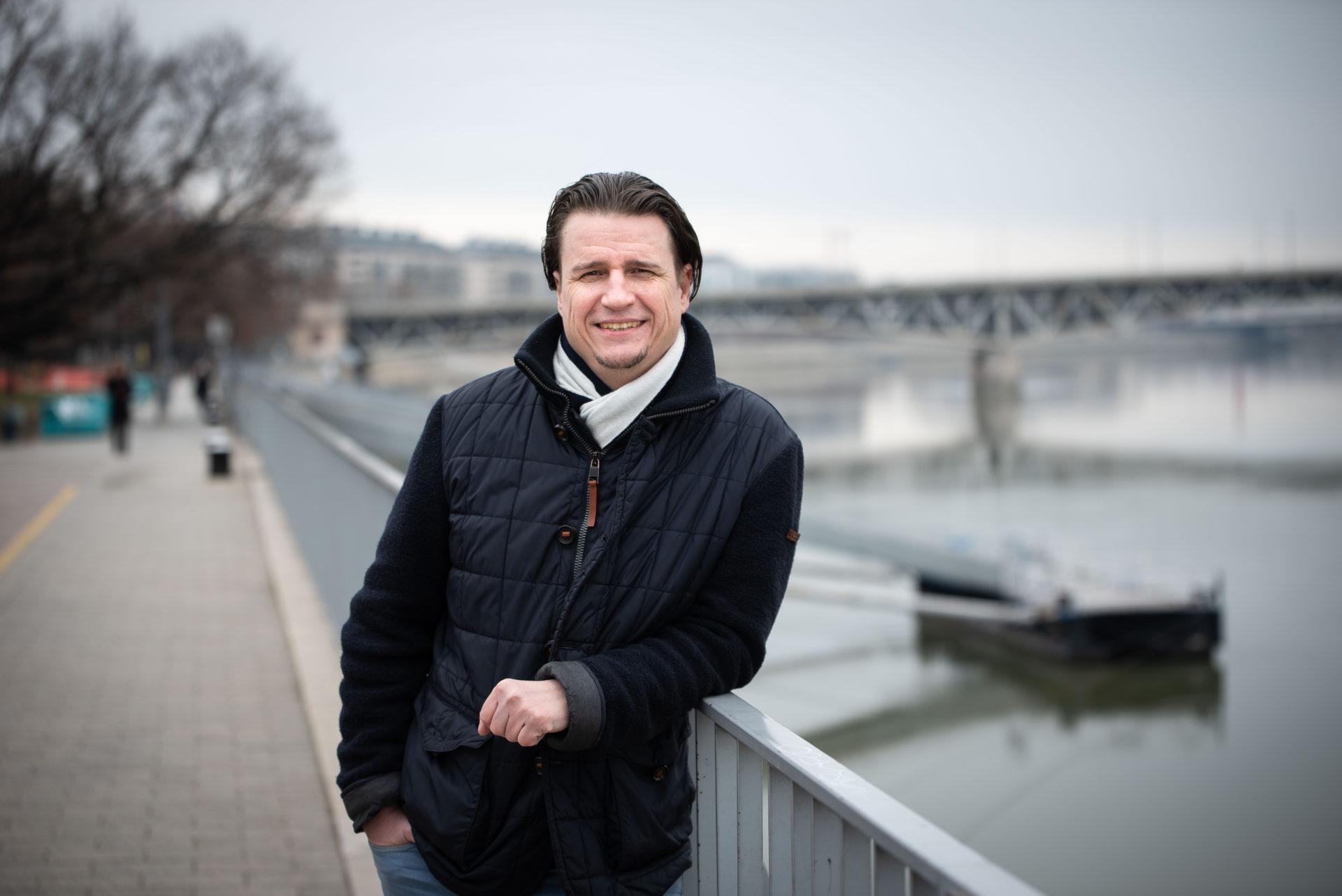 Az élet beleverte a fejemet az asztalba – interjú Dr. Prezivel