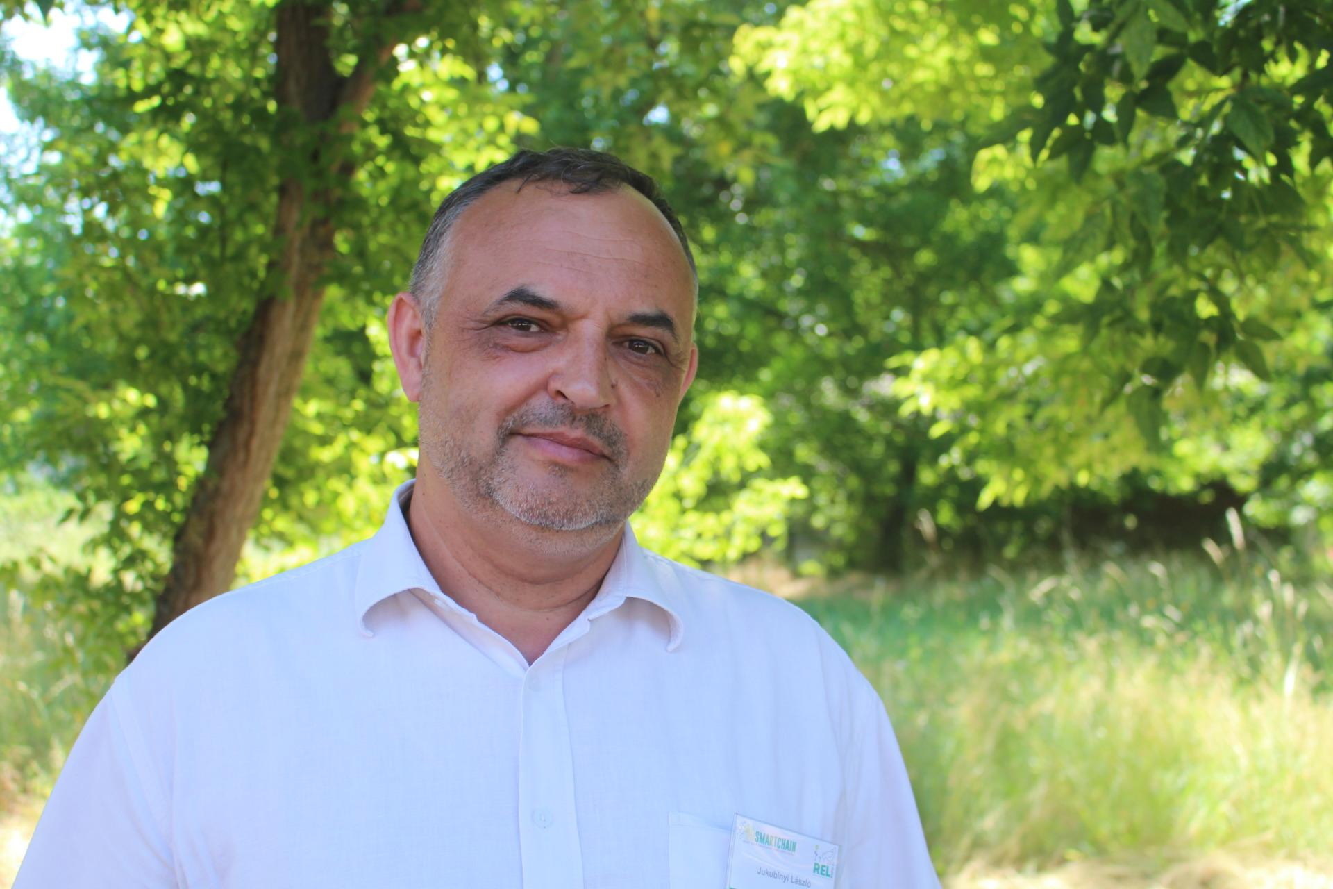 Magyar meseország Miskolcon: fogyatékossággal élők százai dolgoznak a Szimbiózis Alapítvány üzemeiben