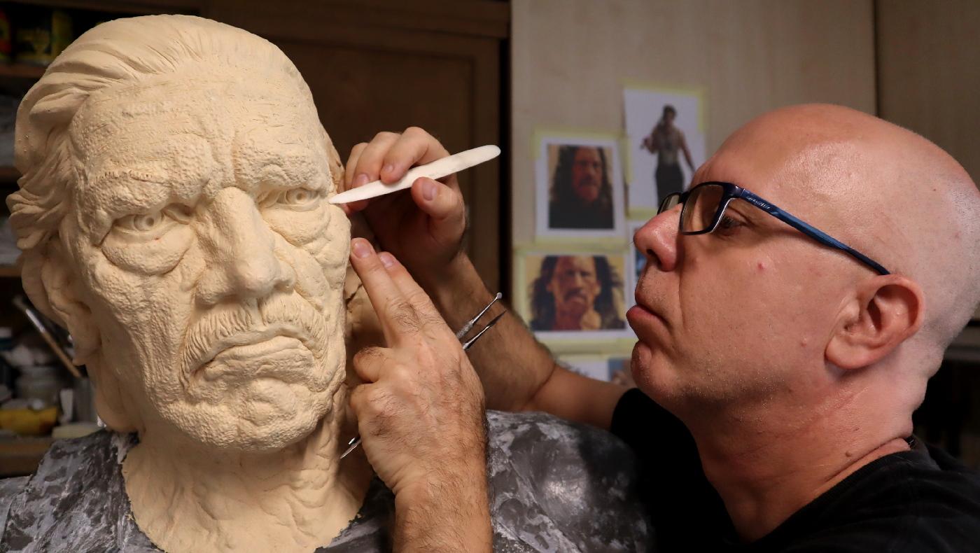 Márka szobrász: életre keltett figurák, életre kelő márkák